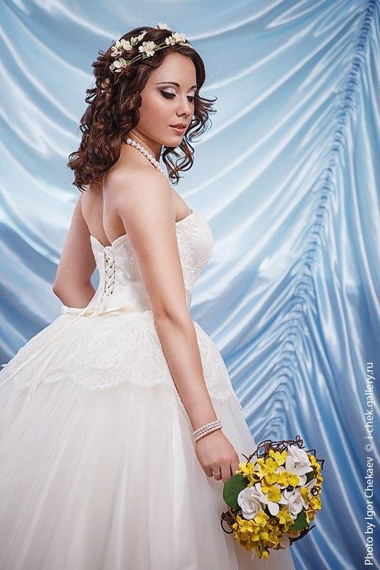 White dress by Shion-CheshireCat