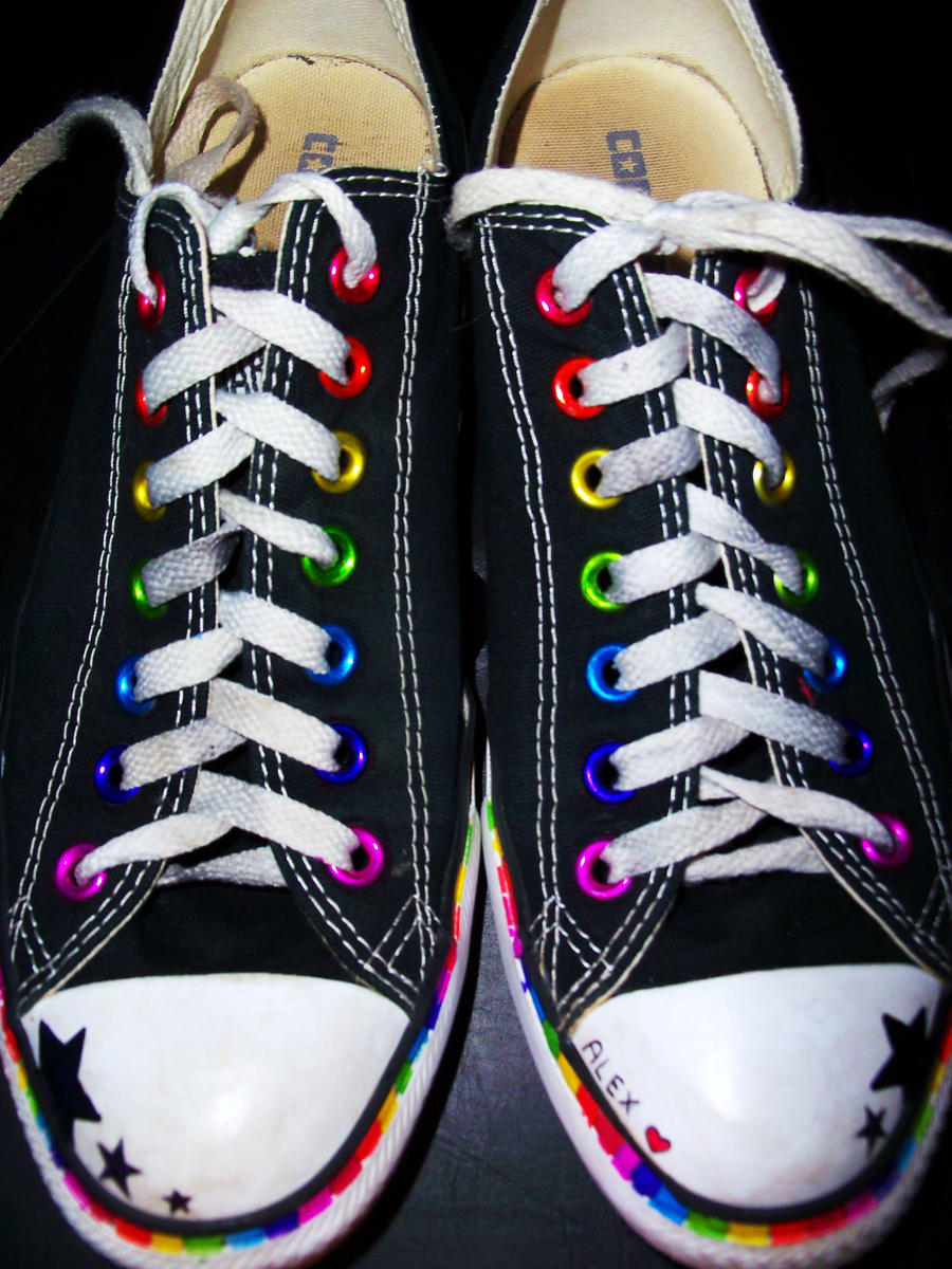 Displaying 18u0026gt; Images For - Sharpie Designs On Shoes...
