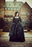 Gothic Robe a L'Anglaise by Stahlrose