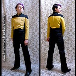 Starfleet Uniform - for Data - TNG S3