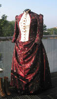 1889 costume front by debellespoupees
