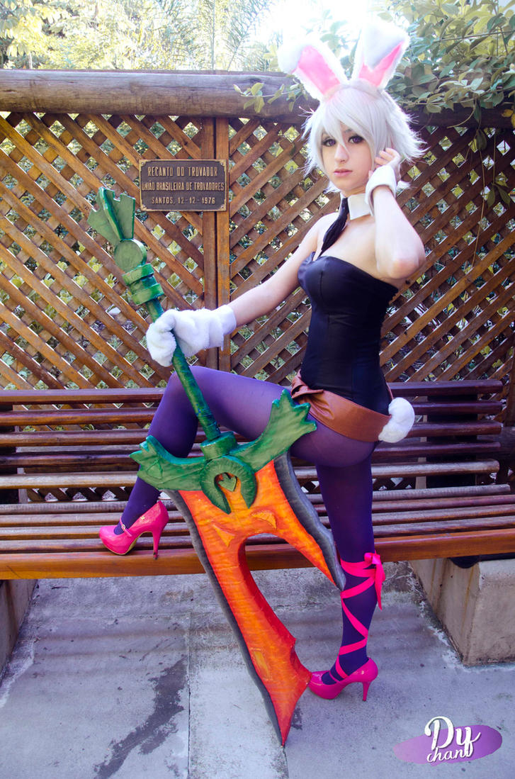 Battle Bunny Riven - Top by dysama