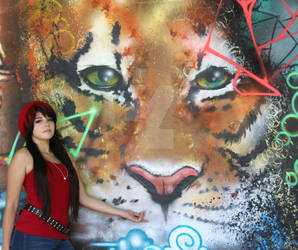 Fem! Kagami and Tiger Grafitti