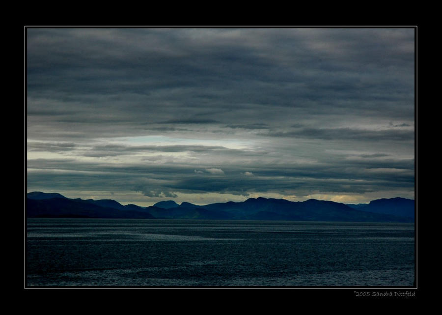 Dream in dark blue by grugster
