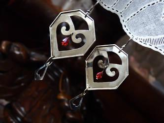 Gothic earrings by xNatje