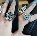Flower ring with labradorite