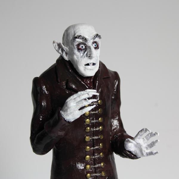 Nosferatu sculpture by suzannewolf