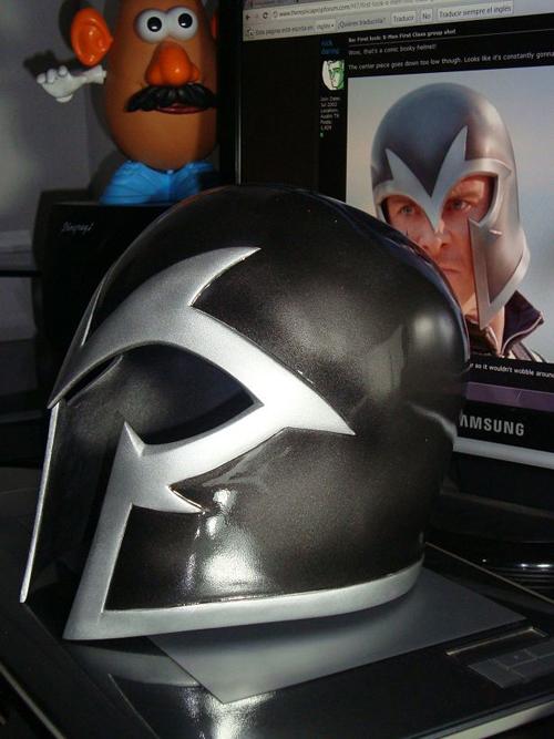 Magneto helmet _16 by raultumba