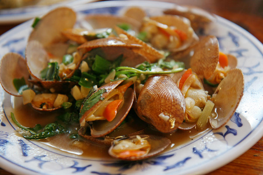 Stir fried clams by patchow