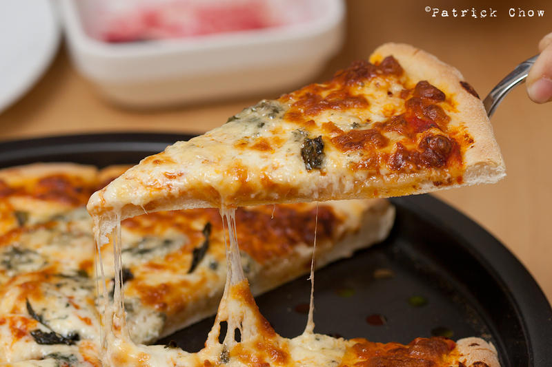 Cheesey pizza 1 by patchow