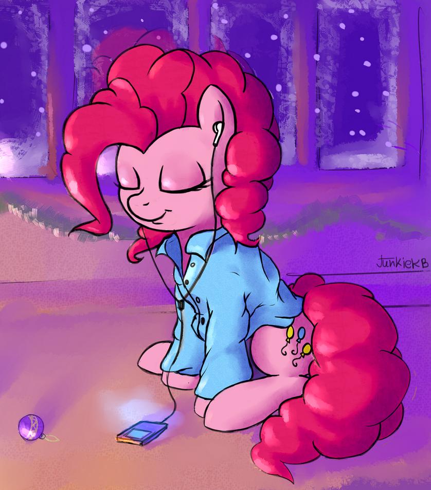 Pinkie by JunkieKB
