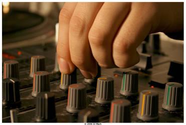 Tweakin by DJ-Mech