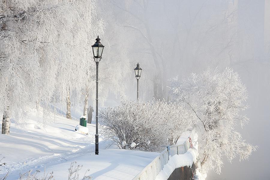 winter morning part II by JuhaniViitanen