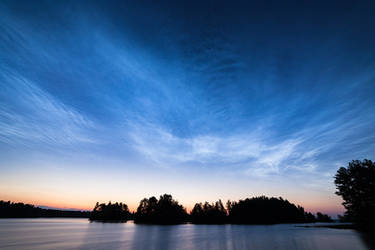 Noctilucent Clouds by JuhaniViitanen
