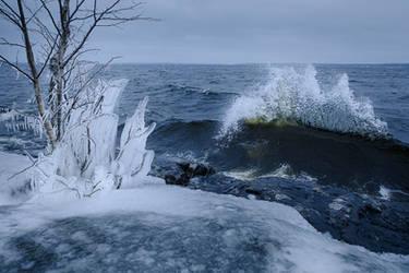 Ice and water by JuhaniViitanen