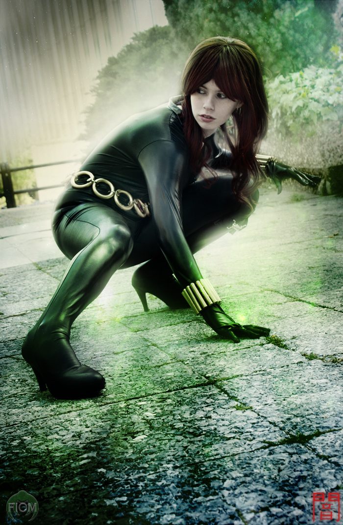 Black Widow - Care your back by WhiteLemon