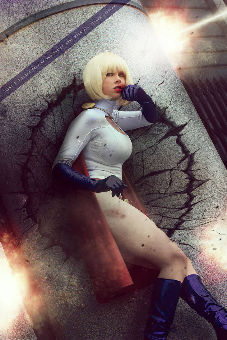 Powergirl - DC Comics by FioreSofen