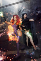 Starfire and Raven - Teen Titans - DC Comics by FioreSofen