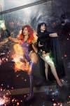 Starfire and Raven - Teen Titans - DC Comics