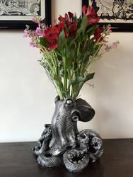 Kraken Vase by DellamorteCo