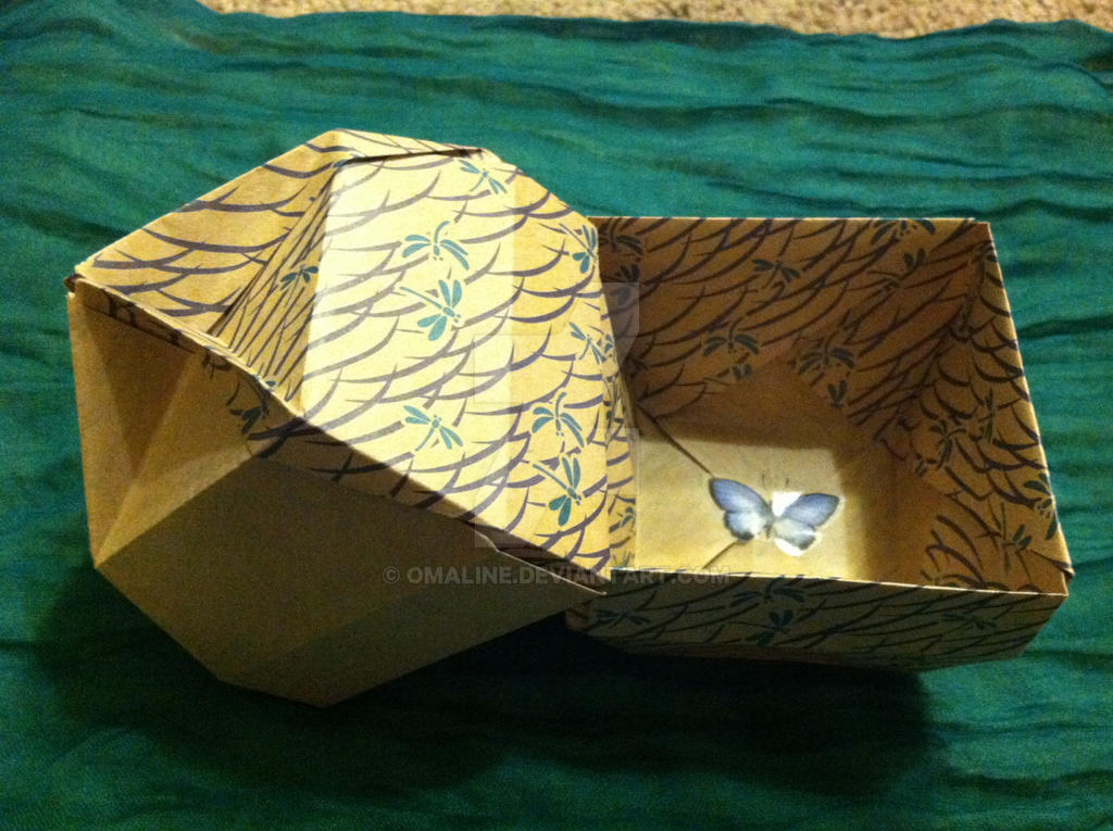 Recycled origami bowl box with handle by omaline on deviantart recycled origami bowl box with handle by omaline sciox Gallery