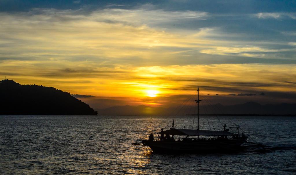Guimaras sunset by jeyk-O