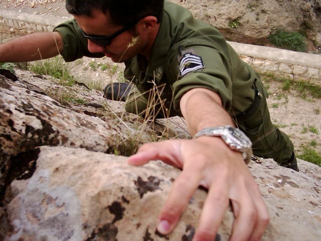 climbing by karimkhani