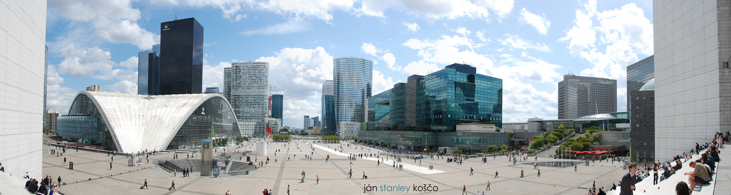 La Defense Panorama by janyk