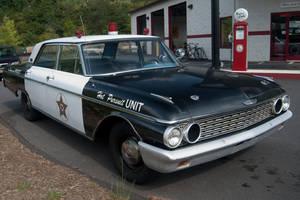 Old Cop Car 04