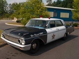 Old Cop Car 02