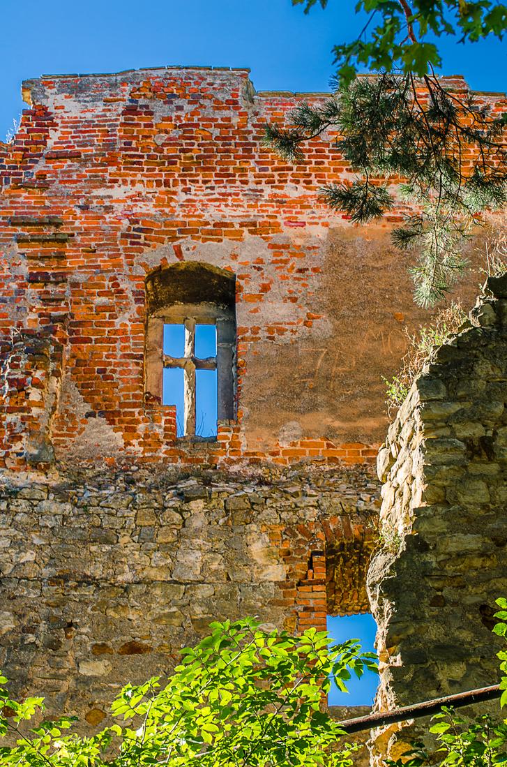 Window by marrciano