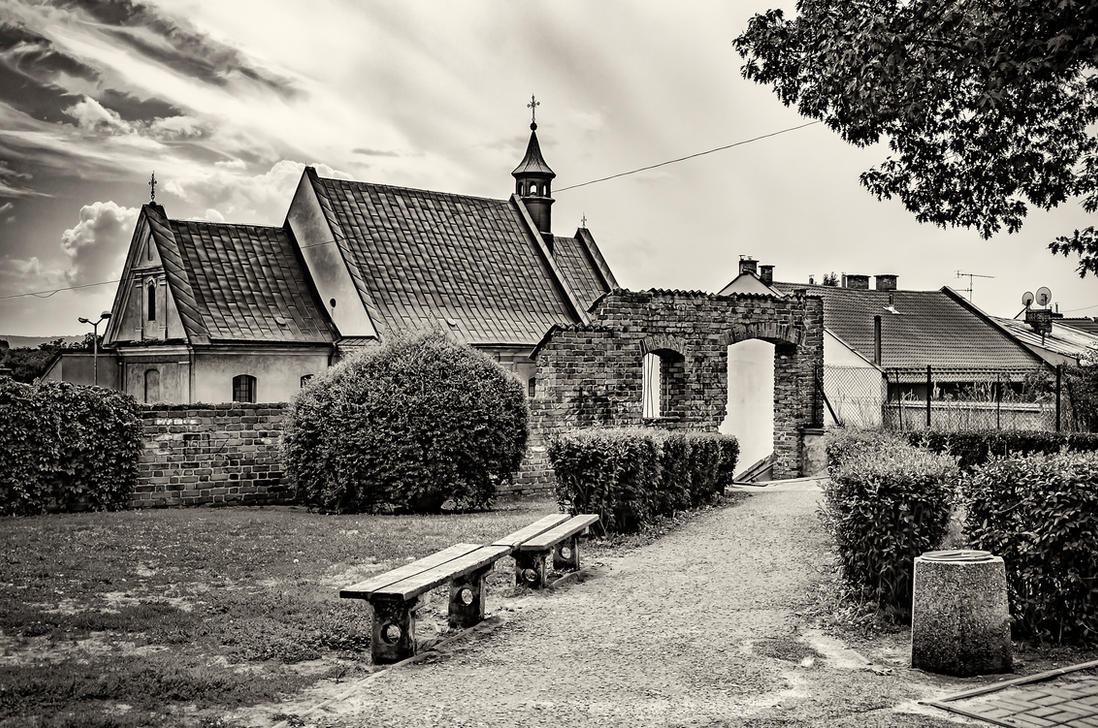 benches by marrciano