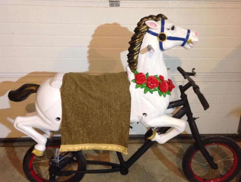 Carousel horse bike by yodieo on deviantart for Bike decorating ideas