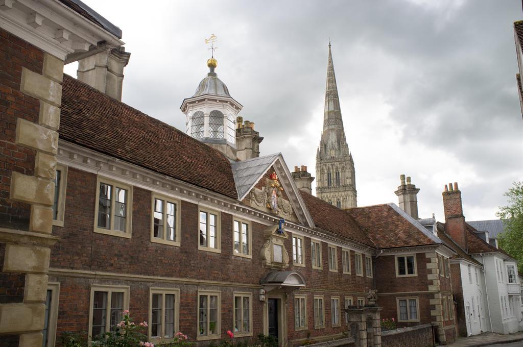 Salisbury by NaKhym