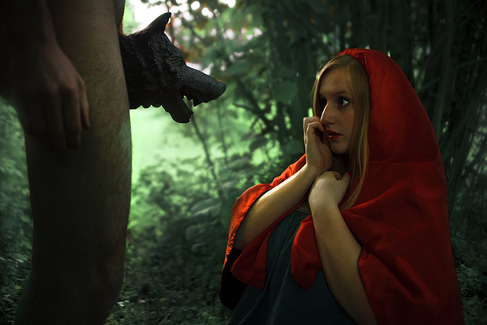 'Elle a vu le loup' by MatthieuSoudet