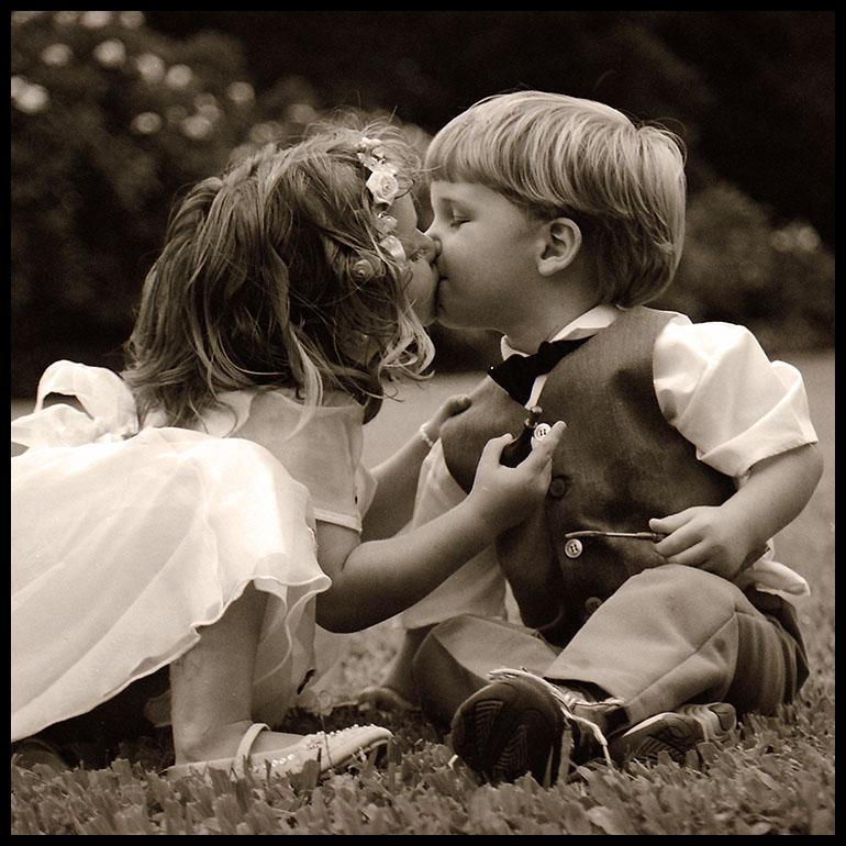 Открытка целовать