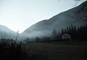 Forgotten house by Rogerdatter