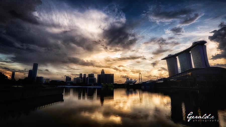 Singapore Sunrise by geraldchew