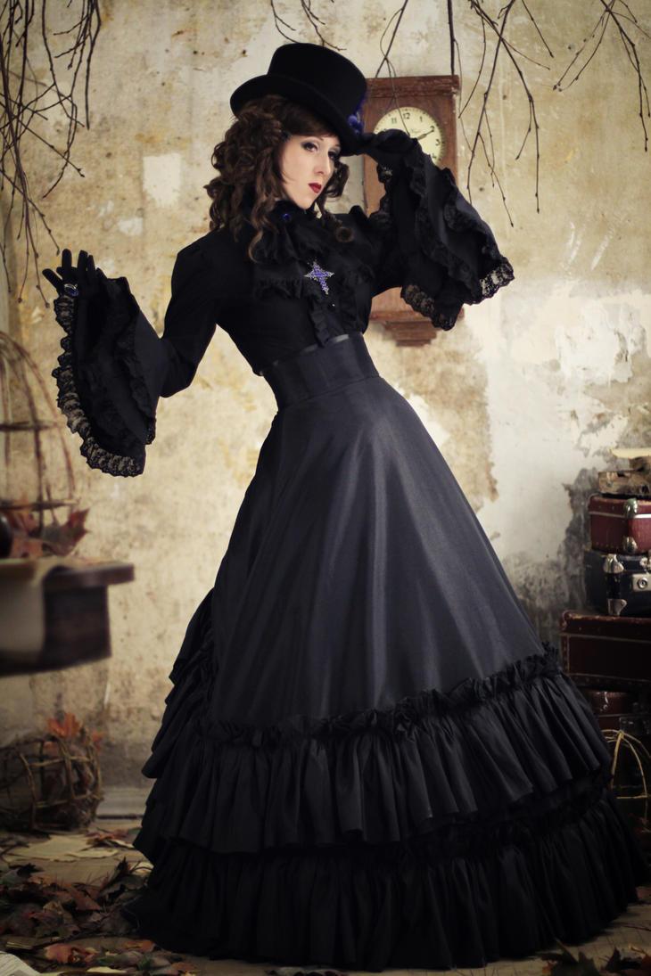 Dark aristocrat by Watarielle