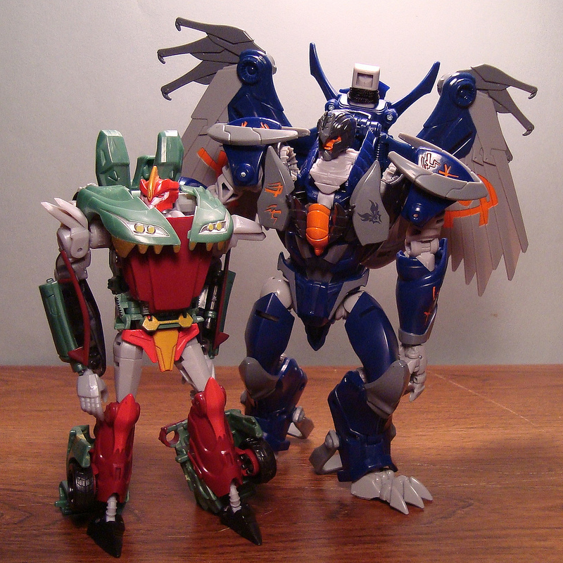 Transformers prime beast hunters knockout toy