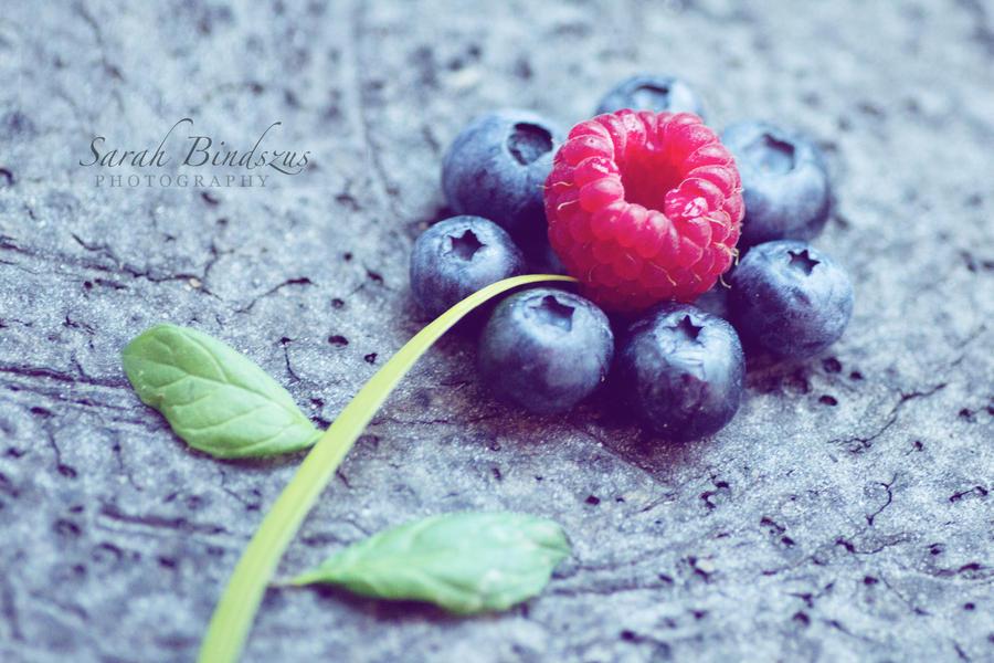 like a flower. by Blueberryblack