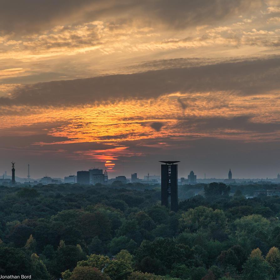 Tiergarten from Reichstag Building by JBord