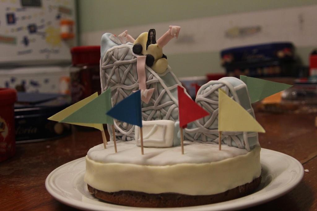 Newton Rides Rollercoaster Cake by thanxforthefish