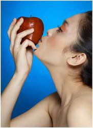 Eve, The Apple of My Eye by arrivesatten