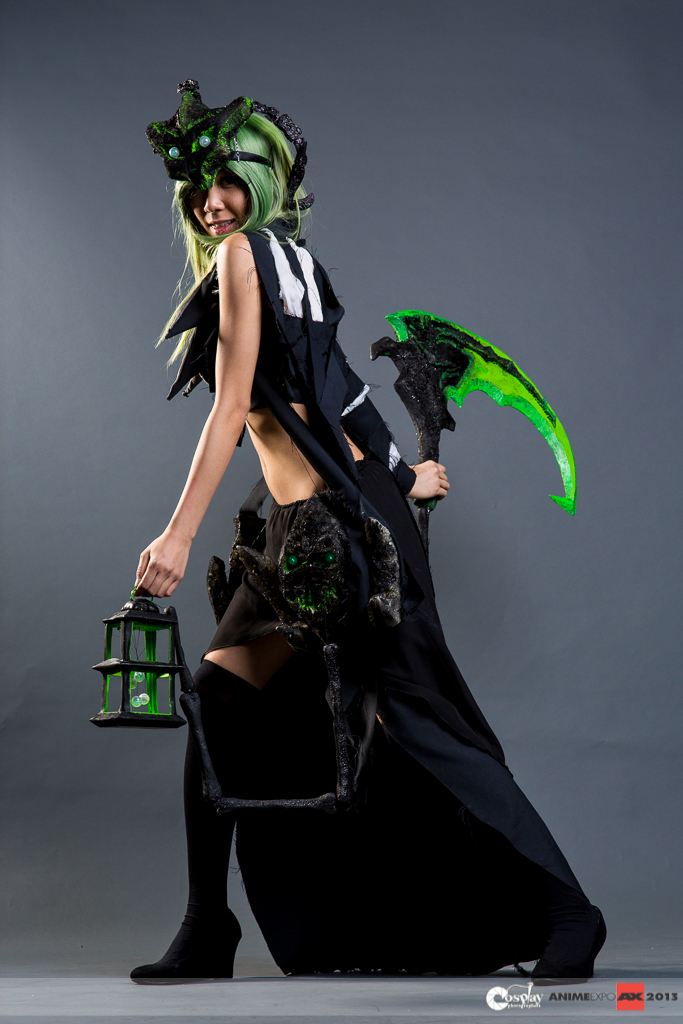 Female Thresh Anime Expo 2013 by Kristeekins