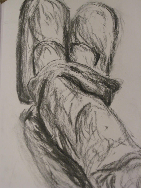charcoal feet sketch by chatnoirxt on deviantART