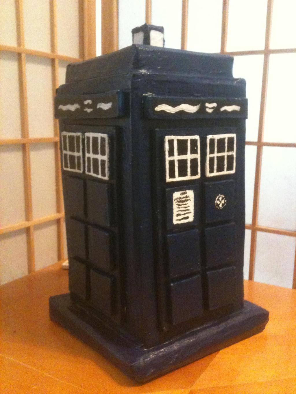 TARDIS by Mynder