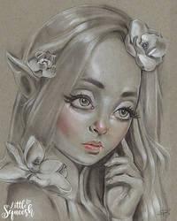 Magnoluna by LittleSqueesh