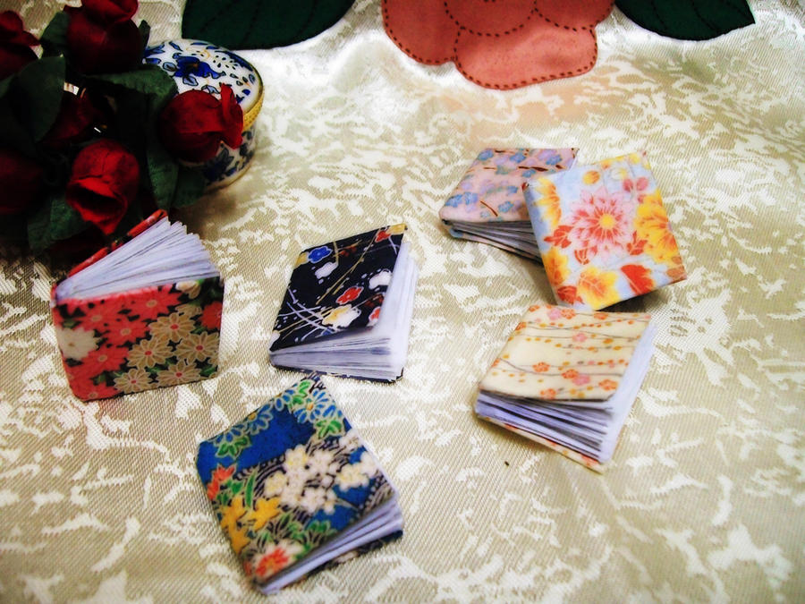 Washi Mini Books by Vissyscrafts