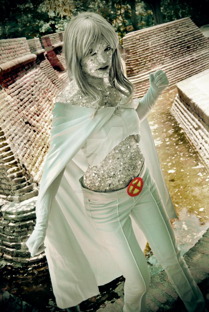 Femme Fatale by JonathanDuran